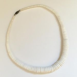 Vintage White Graduated Disk Necklace 1989